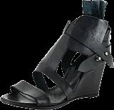 Black Lily - kuma shoe black