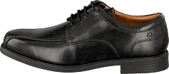 Clarks - Beeston Stride Black